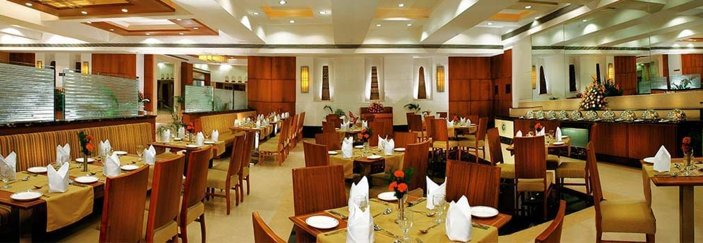 Fortune Murali Park – Hotels in Vijayawada Dining