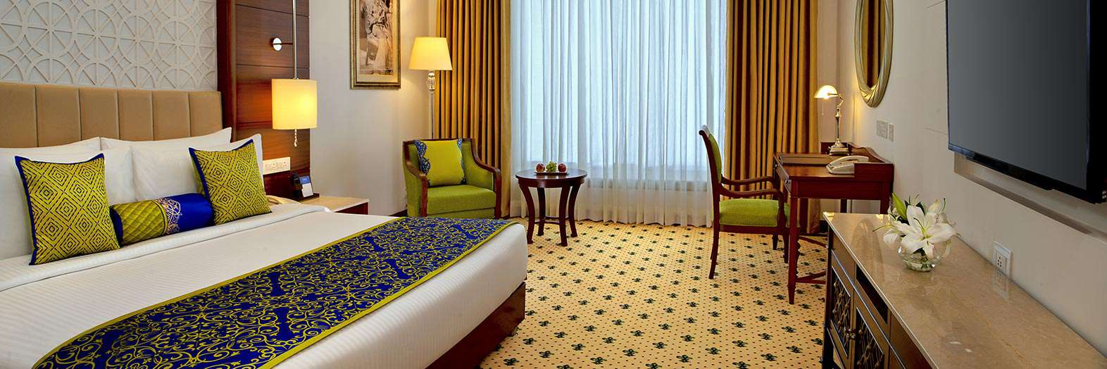 Services and Facilities in Lucknow