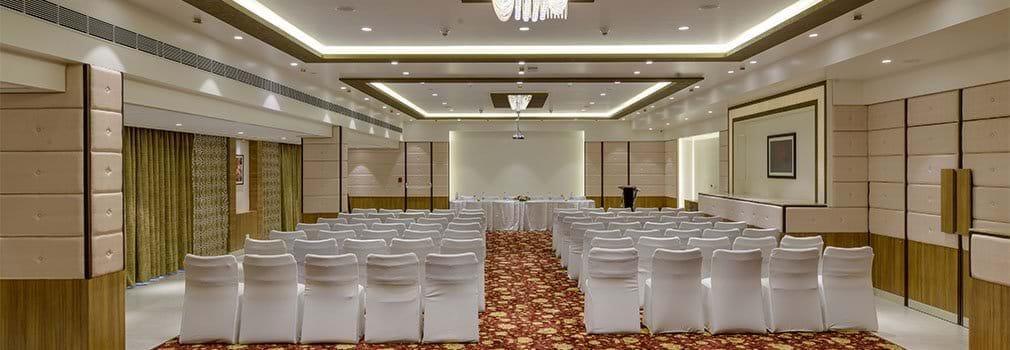 Fortune Park Galaxy –Meeting Venue in Hotel Vapi