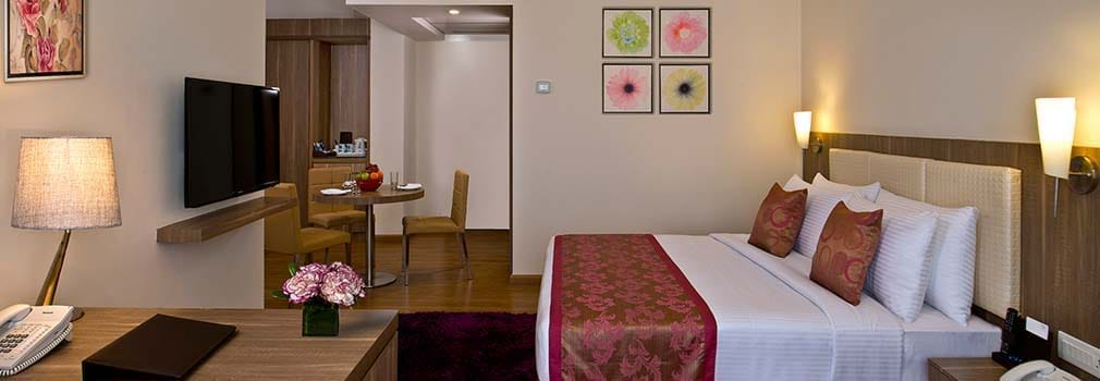 Fortune Select Grand – Chennai Hotels Room