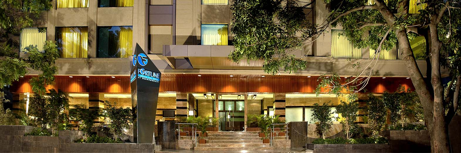 Hotels in  Pune - Fortune Inn Jukaso