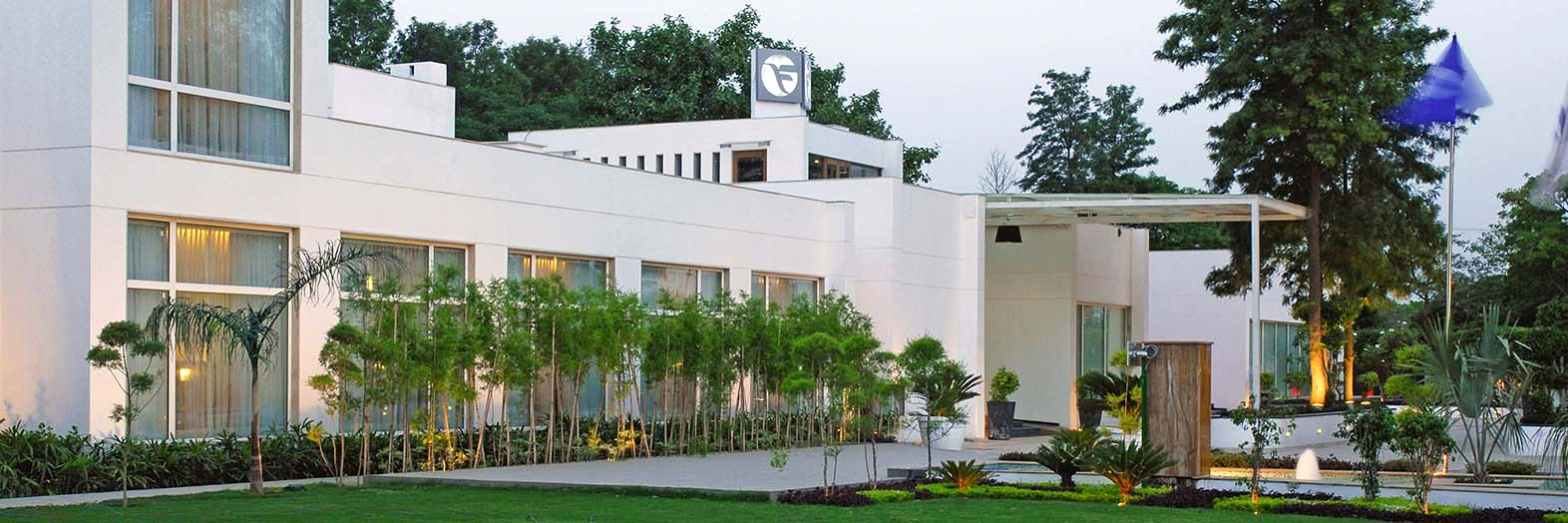 Hotels in  New Delhi - Fortune Park Boulevard