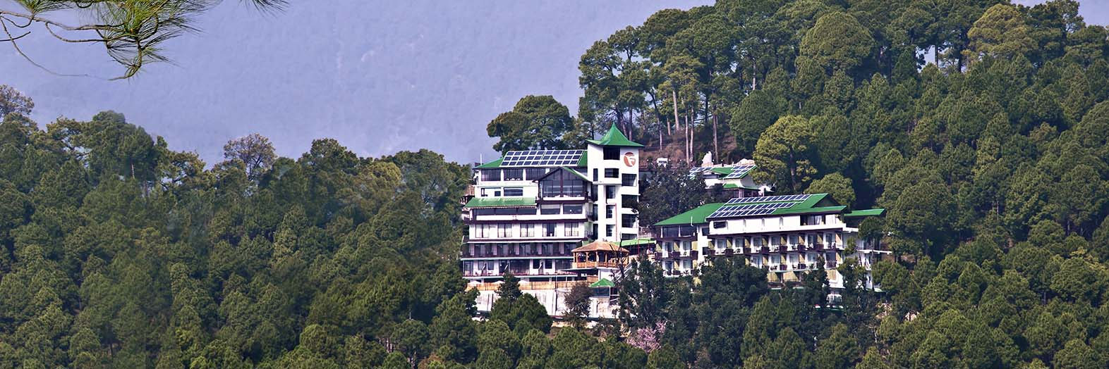 Mcleod ganj fortune park moksha hotel luxury hotel mcleod - Hotels in dharamshala with swimming pool ...