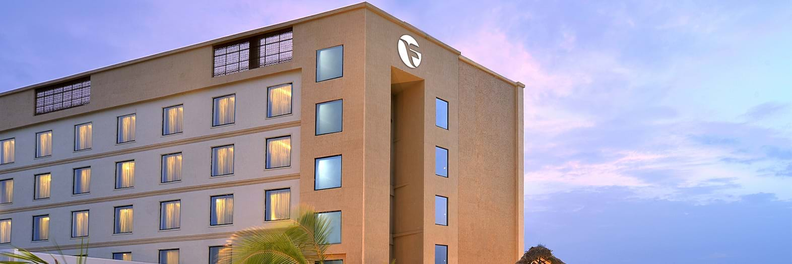 Hotels in Tirupati - Fortune Select Grand Ridge