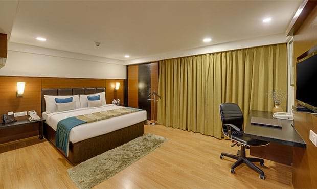Hotel Rooms in Vapi