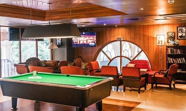 Neptune-Lounge bar 1